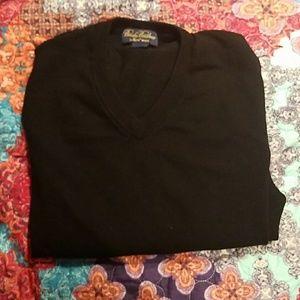 Brooke Brothers S 100% saxxon wool sweater